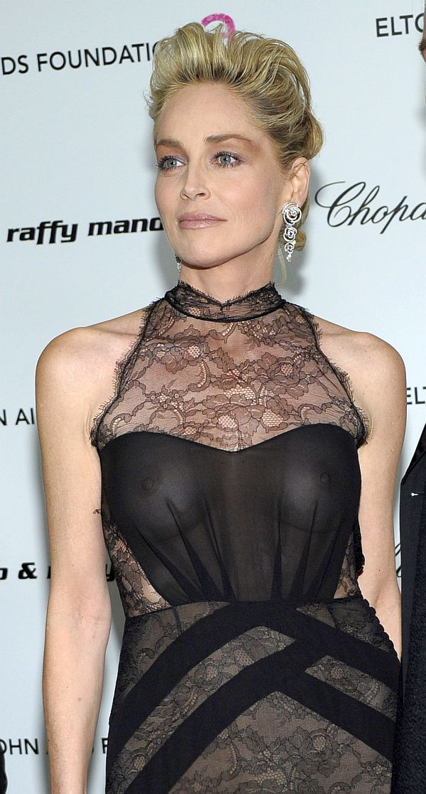 Nipple Slip In Fashion Show